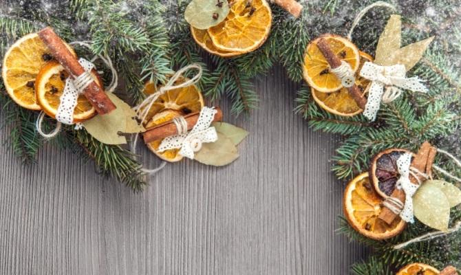 Addobbi originali per l'albero di Natale