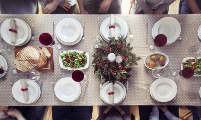 Cenone di Natale: chi si siede accanto a chi