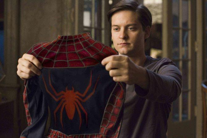Tobey Maguire otto anni più vecchio di Spider-Man (2002)