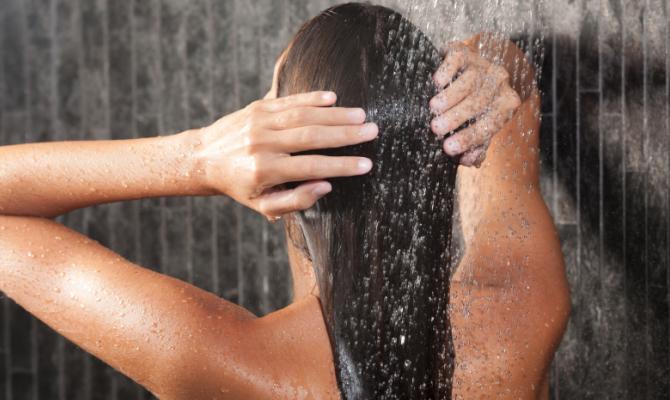 La doccia fa bene anche alla mente