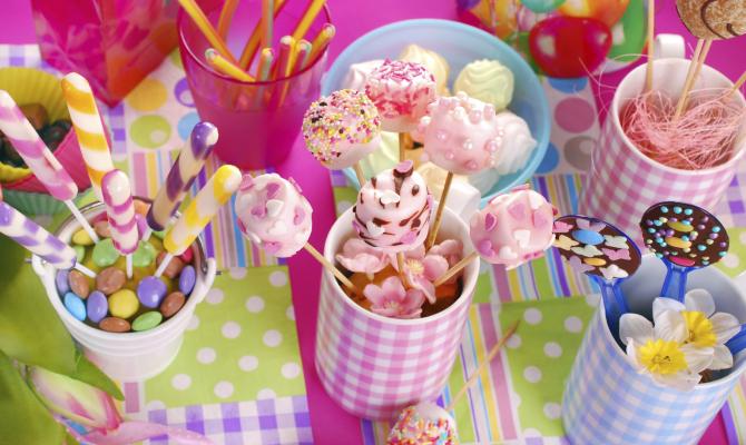 Il compleanno dei bimbi 3 idee di tavola for Decorazioni compleanno bimba