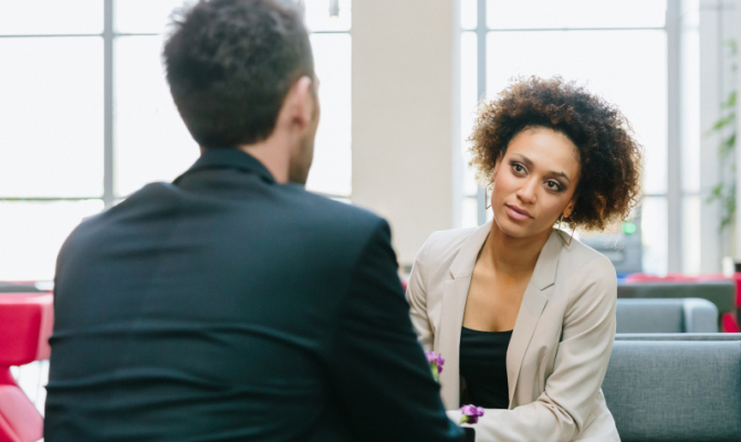 Domande inappropriate al colloquio: come rispondere