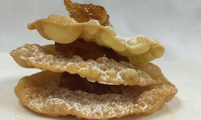 Bugie d'Ivrea con confettura d'arancia