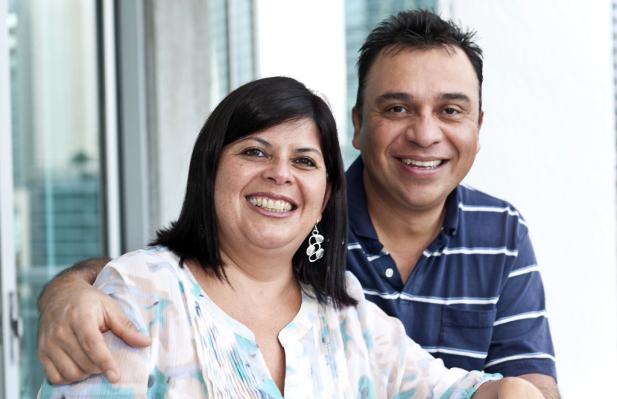 uomo e donna grassi, coppia sovrappeso
