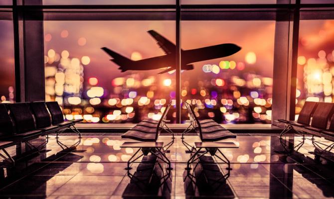 Decollo di aereo