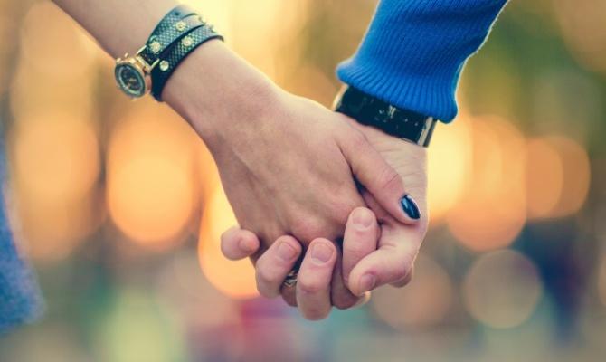 Mano nella mano: 15 minuti per il vostro amore