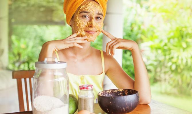 Scrub fai-da-te con ingredienti casalinghi