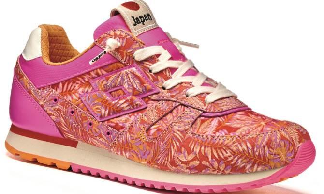 Le sneakers con i fiori