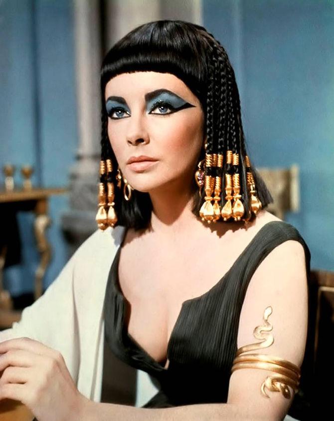 1 - La più iconica: Elizabeth Taylor - Cleopatra (1963)