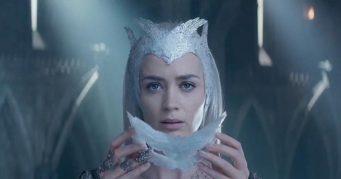 Emily Blunt è la regina di ghiaccio, da oggi nei cinema