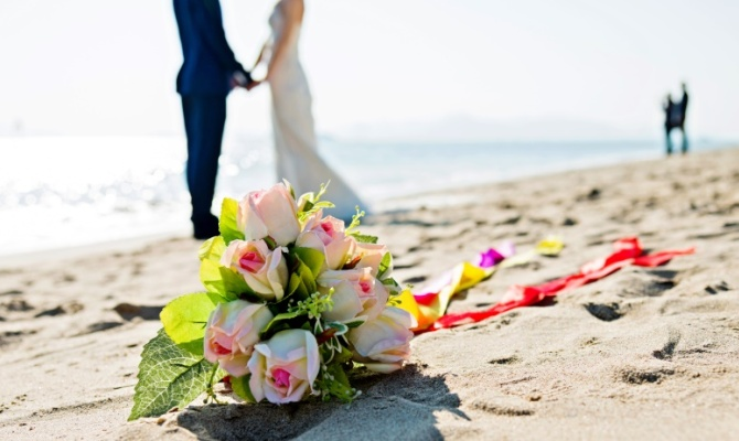 Matrimonio, nozze, bouquet, spiaggia