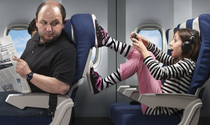 Maleducazione: la rivolta degli assistenti di volo