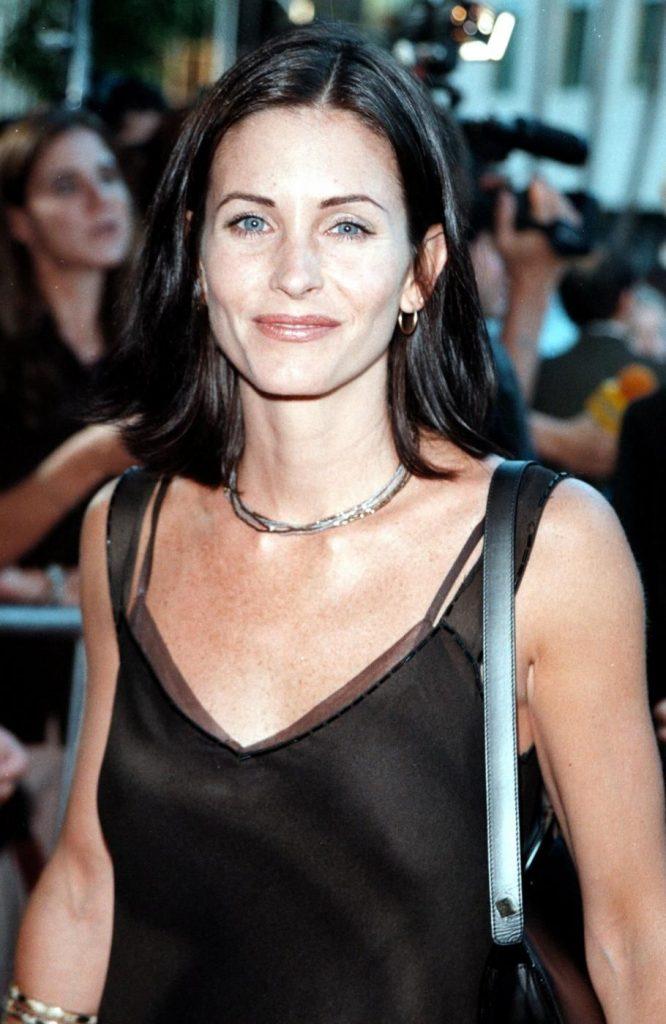 Courteney Cox nel 1998