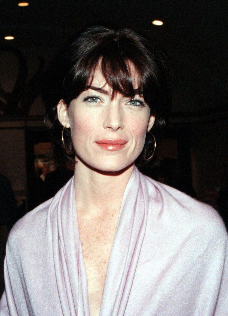 Lara Flynn Boyle nel 1998