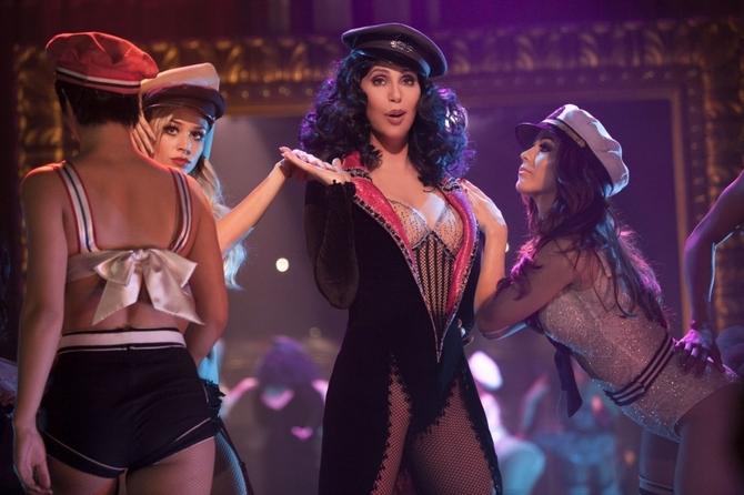 Cher compie 70 anni