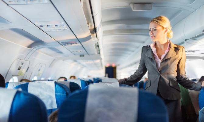 Tutto quello che c'è da sapere sugli assistenti di volo