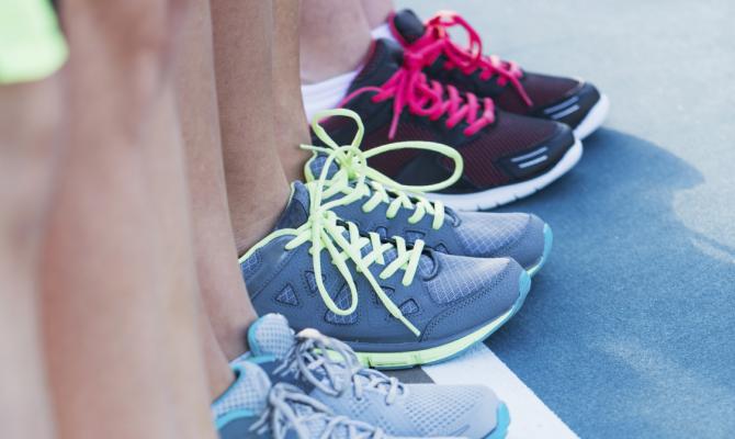 Come lavare le scarpe da tennis stile.it