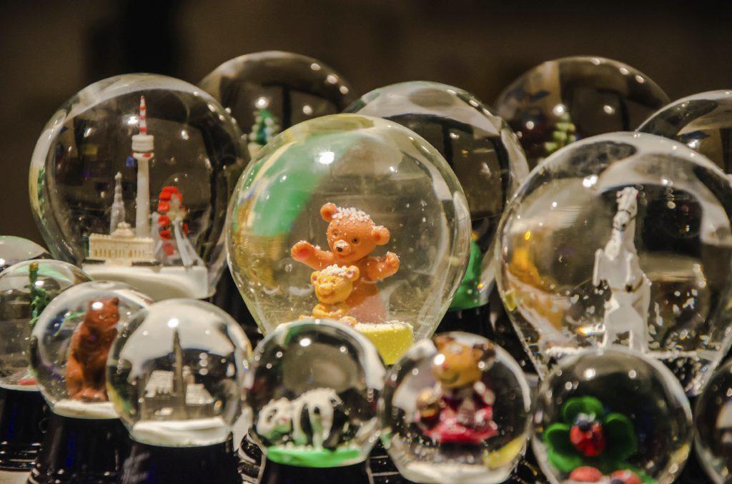 Londra: gli oggetti più strani confiscati in aeroporto