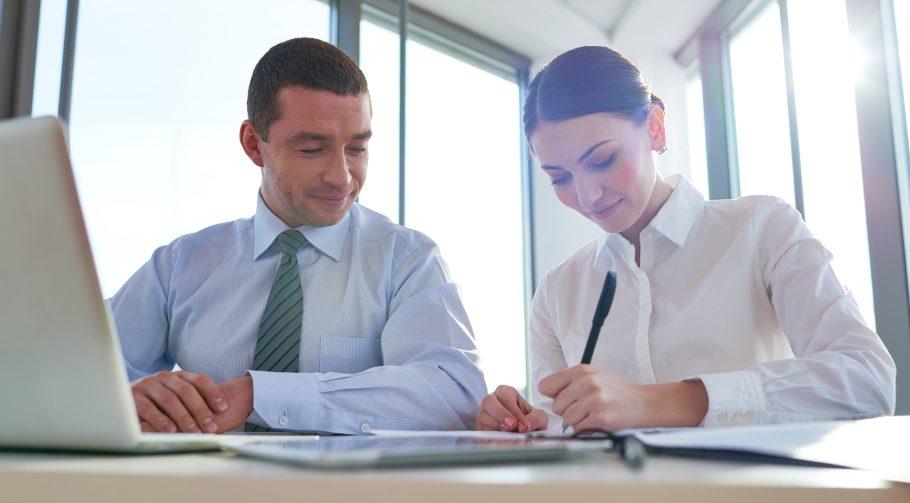 Ufficio Elegante Jobs : Abbigliamento da ufficio in estate cosa indossare stile