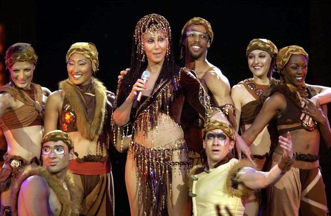 Cher in un'esibizione live
