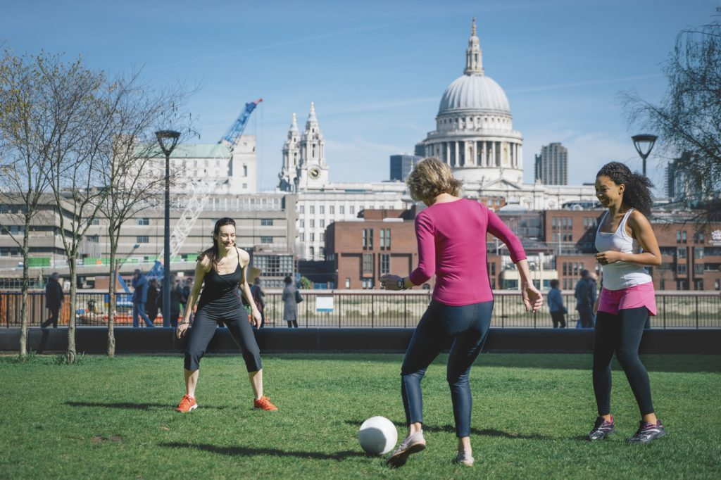 Giocare a calcio fa bene a corpo e mente
