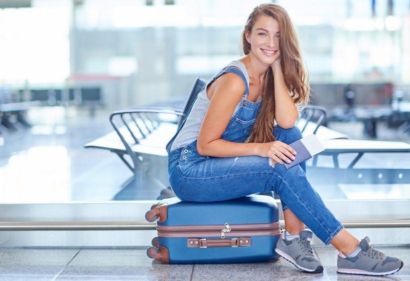 Abbigliamento per viaggiare sicuri - Easyjet cosa si puo portare in aereo ...