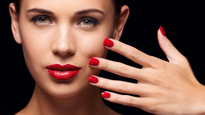 Manicure perfetta. 7 trucchi che forse non conoscete