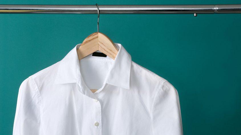 Come evitare le macchie di sudore