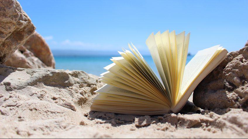 Un libro per l'estate: 10 titoli da annotare