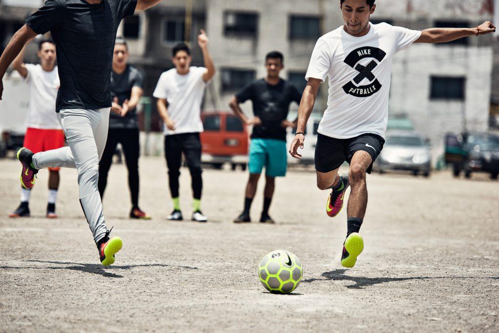 Street football sneaker: per gioco o per svago