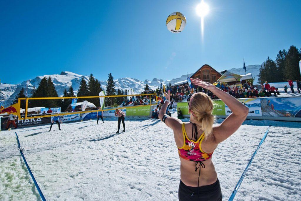 Snow volleyball - Redbull