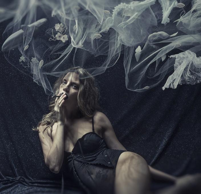 Fumo, rischio ictus più alto nelle donne
