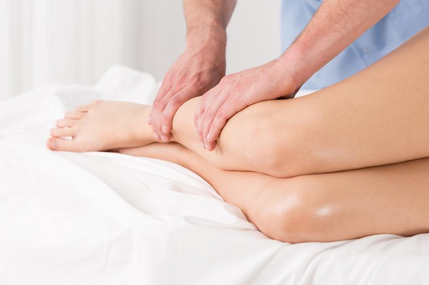 Massaggio sulle gambe