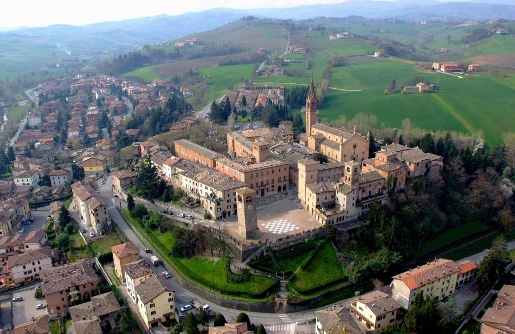 I 100 borghi 'arancioni' del Touring Club Italiano