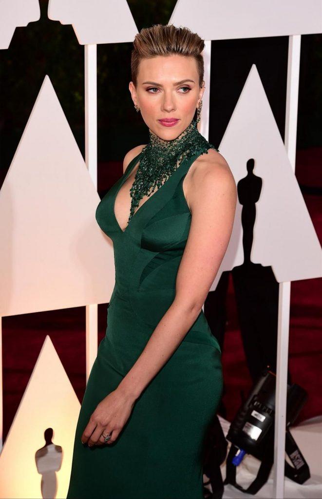Tondo - Scarlett Johansson