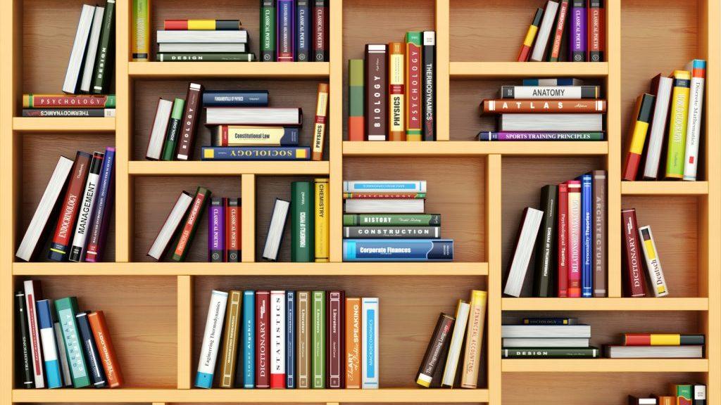 Librerie che arredano con stile il corridoio