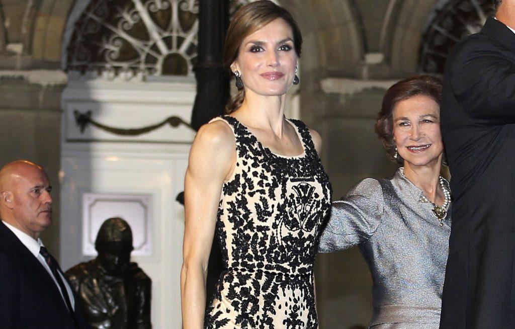 La regina di Spagna sovrana glamour