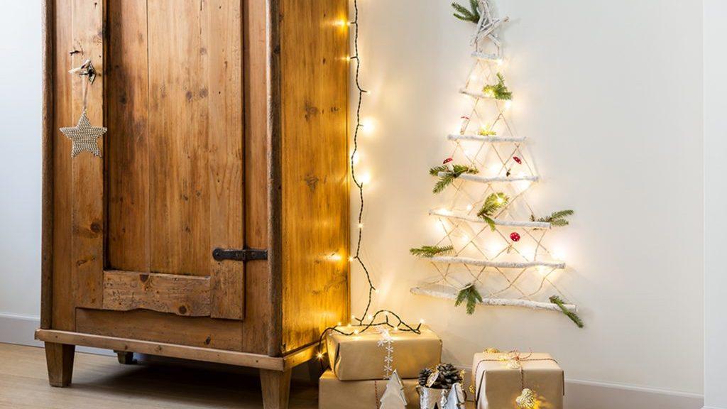 Decorazioni natalizie: l'albero è small size