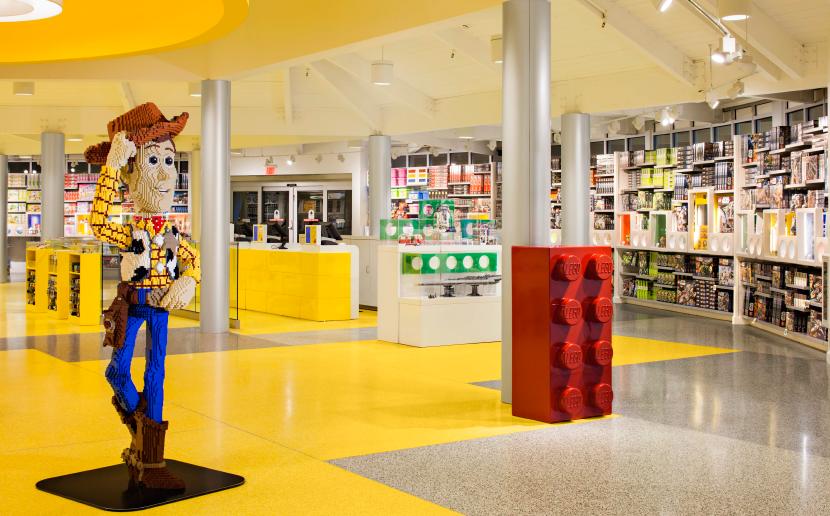 Apre il Lego store di Milano: il segreto di un successo