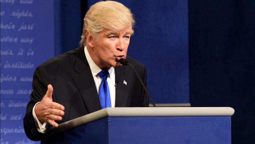 Alec Baldwin interpreta Donald Trump
