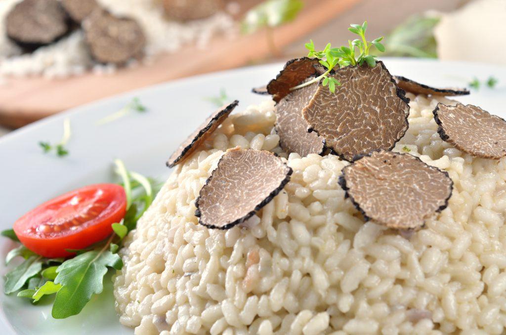 Risotto al tartufo, profumata ricetta veg-friendly