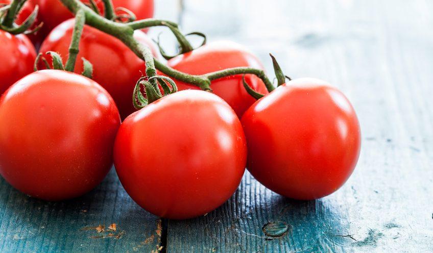 Pomodori: la scienza spiega perché non profumano