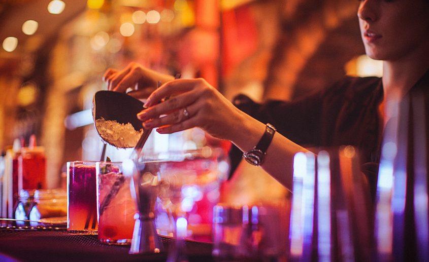 Energy drink e alcol: un mix dannoso per il cervello