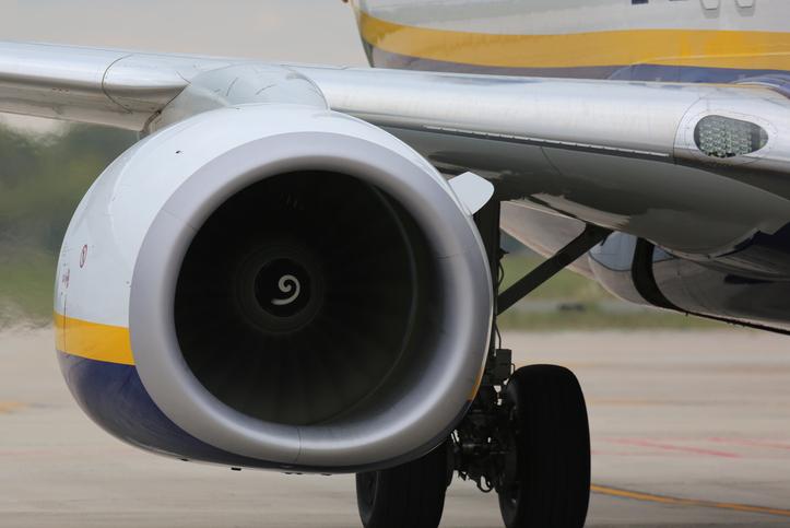 Aeroporti, derby Napoli - Salerno per Ryanair, la spunta Capodichino
