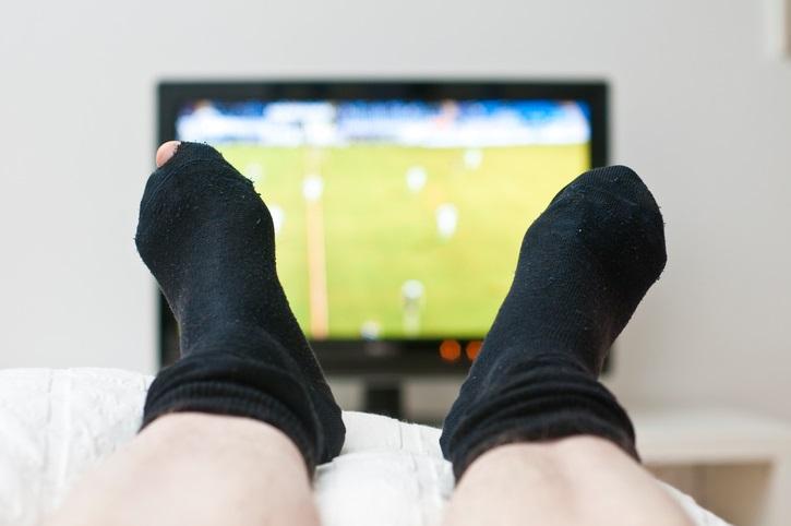 Antisesso: i calzini spengono la passione? E la tv?