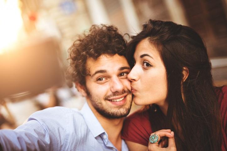 Il migliore amico delle donne è gay: lo dice la scienza