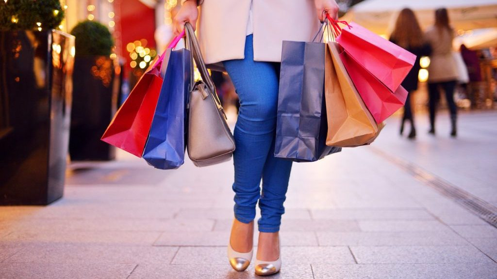 Shopping natalizio: le tendenze del 2016