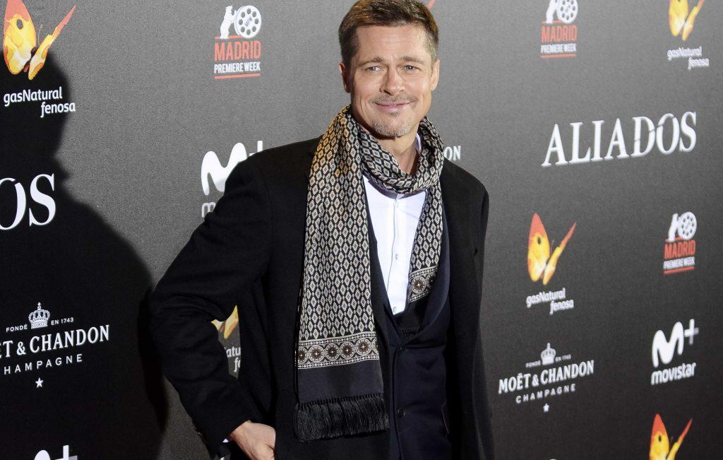 Brad Pitt sciarpa