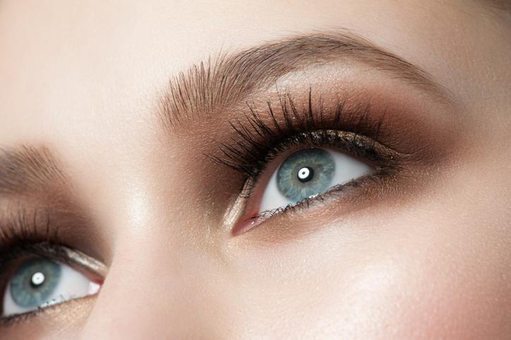 Occhi azzurri, le regole del perfetto make up