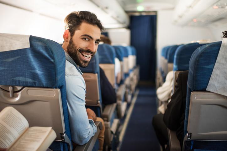 Sapersi comportare in aereo: il galateo perfetto